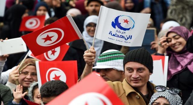 """حركة النهضة تشدد على """"أنّ الإجراءات الاستثنائية التي لجأ إليها رئيس الجمهورية هي إجراءات خارقة للدستور والقانون"""""""