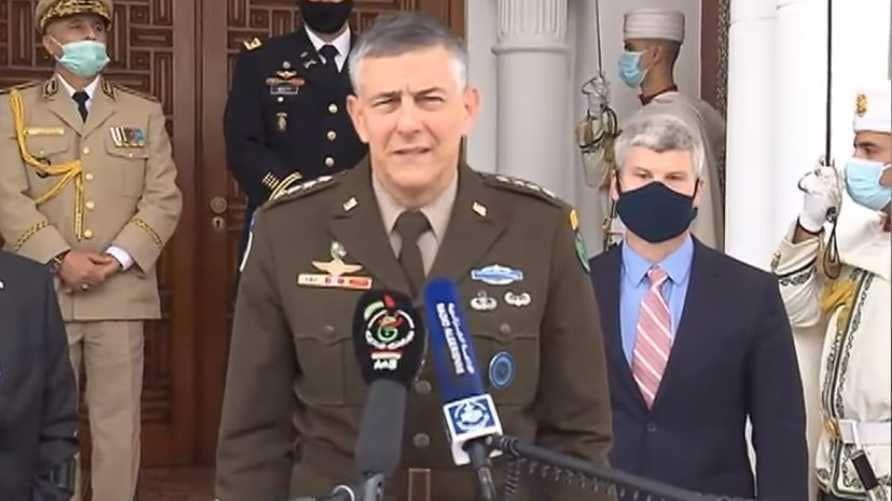 """رئيس الجمهورية الجزائرية يستقبل قائد """"الأفريكوم"""" و تناول اللقاء الأوضاع في المنطقة"""